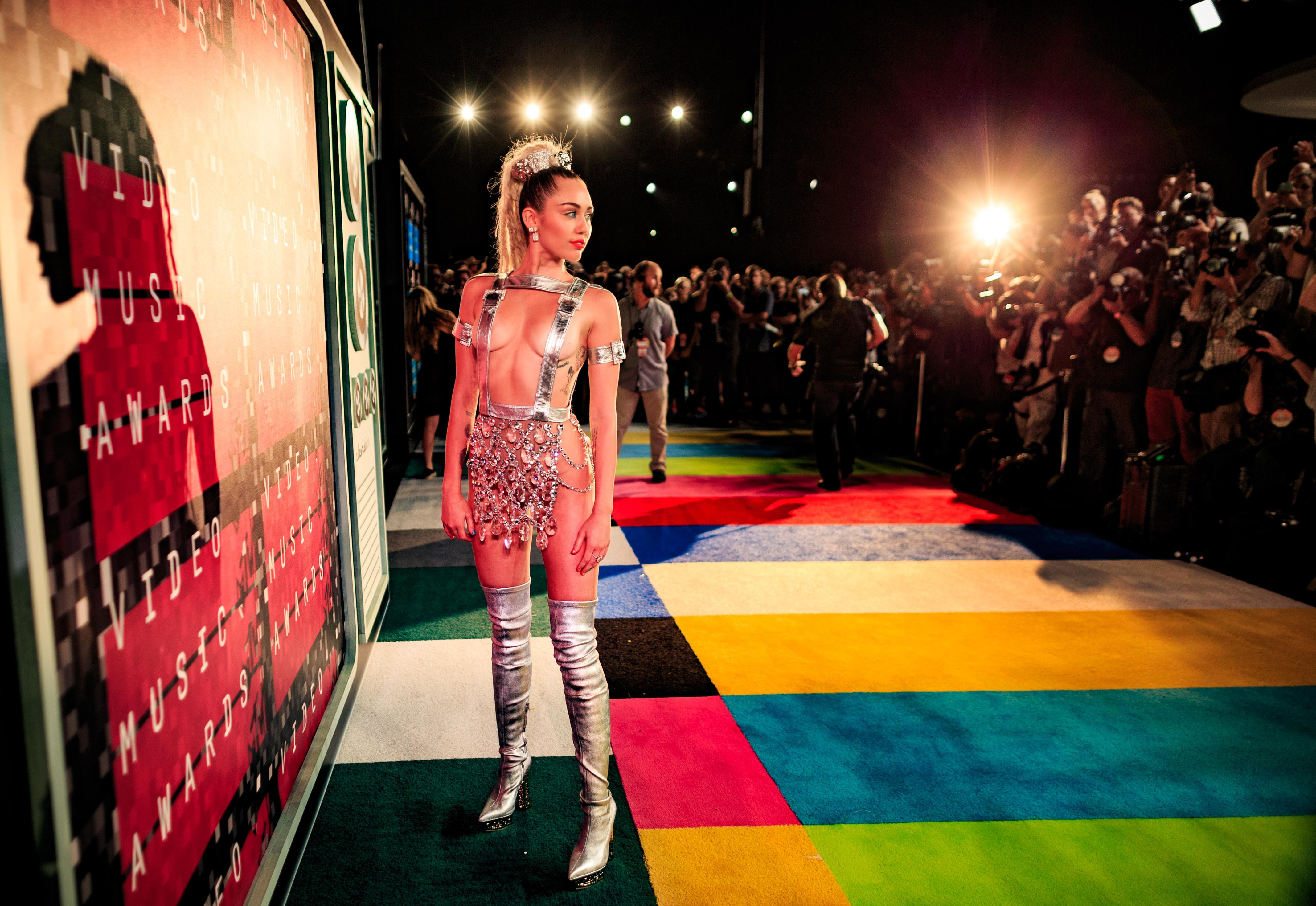 the musical career of miley cyrus Miley cyrus' official music video for 'wrecking ball' click to listen to miley cyrus on spotify:   as featured on bangerz click to.