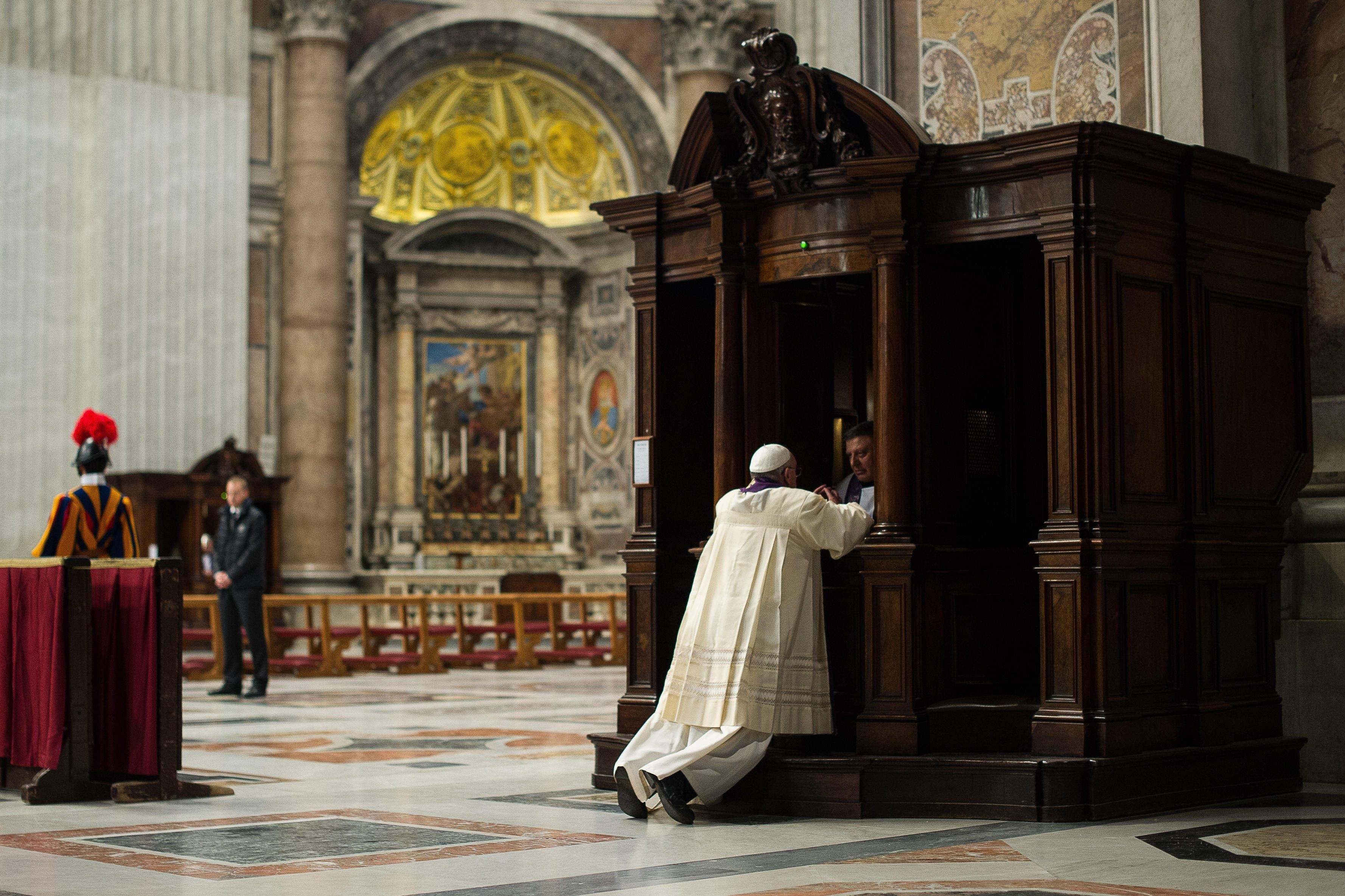 catholic confessional - HD2300×1533