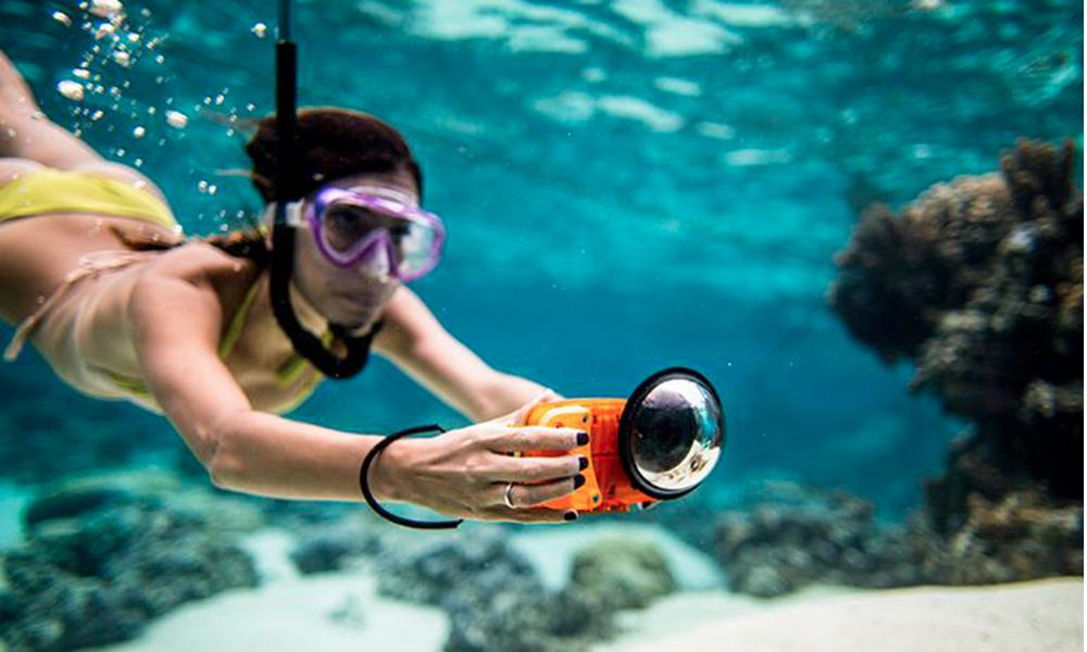 Take Underwater Photos With Iphone