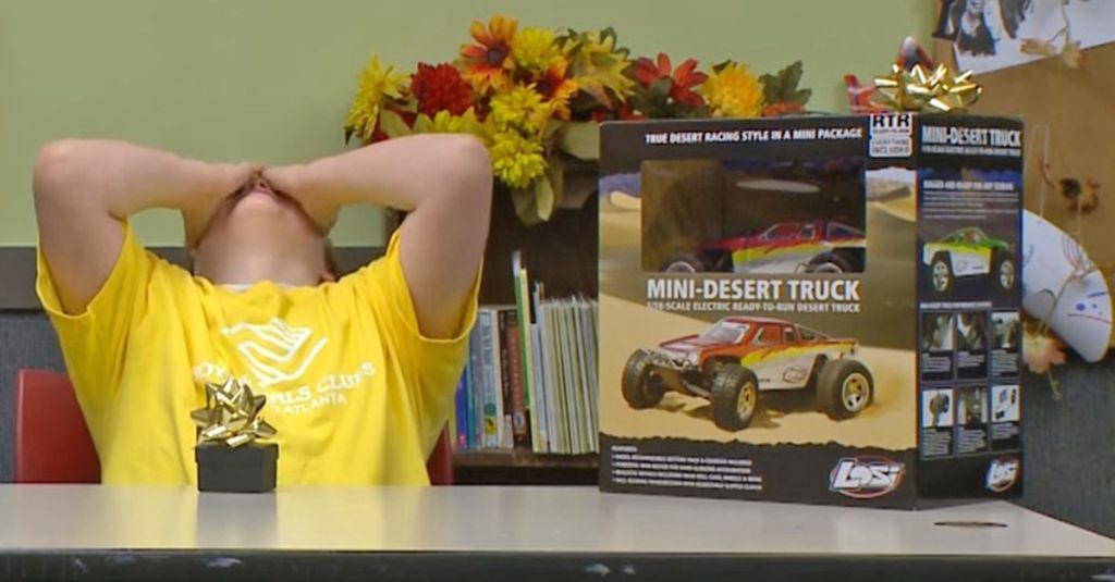 Son Says He Doesn 39 T Want His Christmas Gift Now Watch