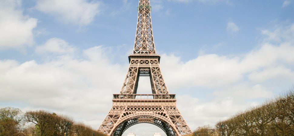 the construction of the eiffel tower essay The article describes the construction and designing process of the great eiffel tower of paris also, find out several important facts and figures that lead to the creation of this great architectural structure that inspires engineers around the world.