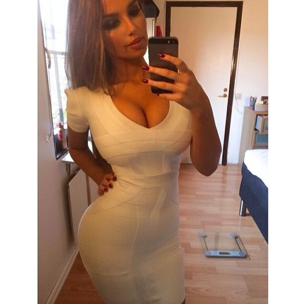 What's Real? This Swedish Model Is Thick, Curvy And Damn Near ...