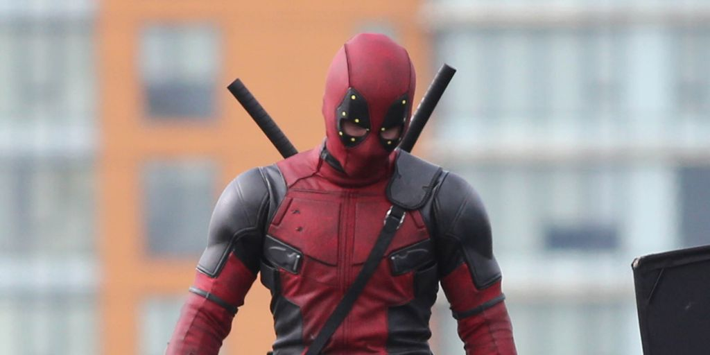 See The First Photo Of Ryan Reynolds As An Unmasked Deadpool