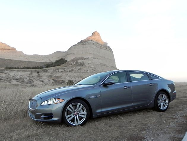 2015 jaguar xjl is out of place but at home guys gab. Black Bedroom Furniture Sets. Home Design Ideas
