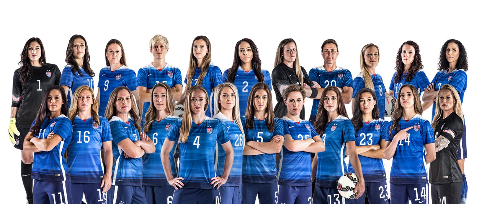womens football teams arrive - 1650×690