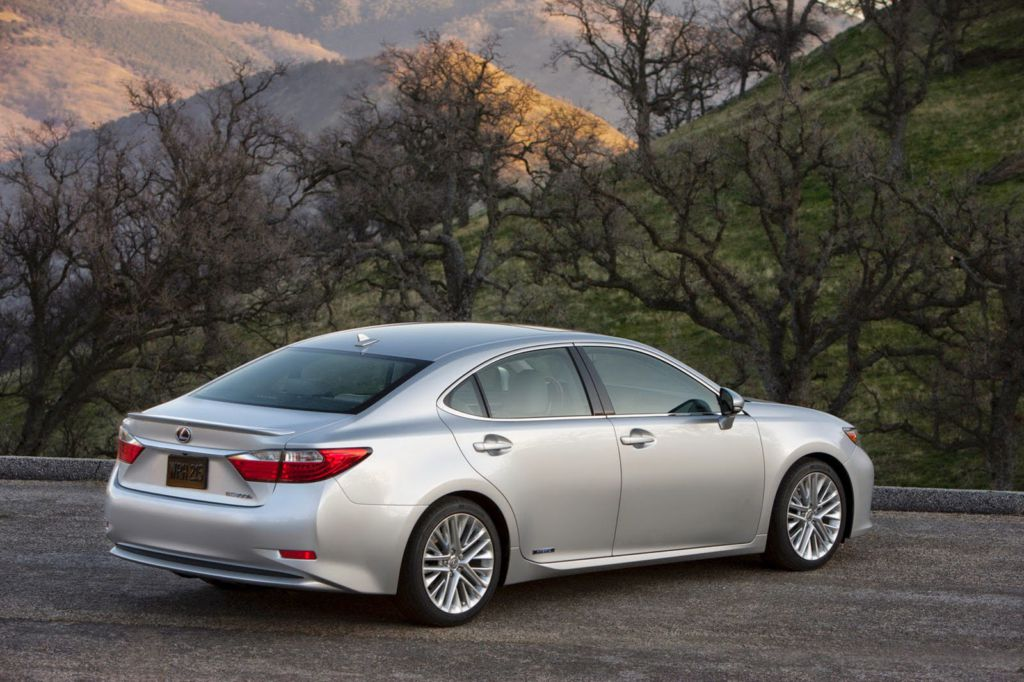 lexus es 350 review and price 2015. Black Bedroom Furniture Sets. Home Design Ideas