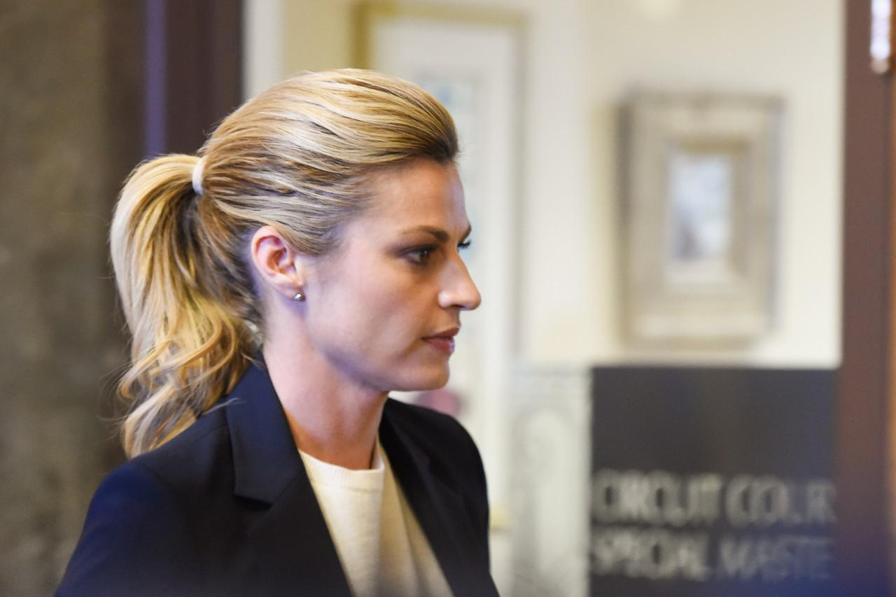 Jury Awards Sportscaster Erin Andrews 55 Million In Unauthorized Naked Video Suit-3421