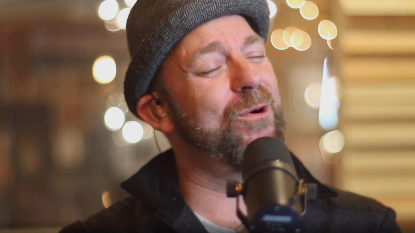 See Kristian Bush Sing Say Yes To The Dress Theme