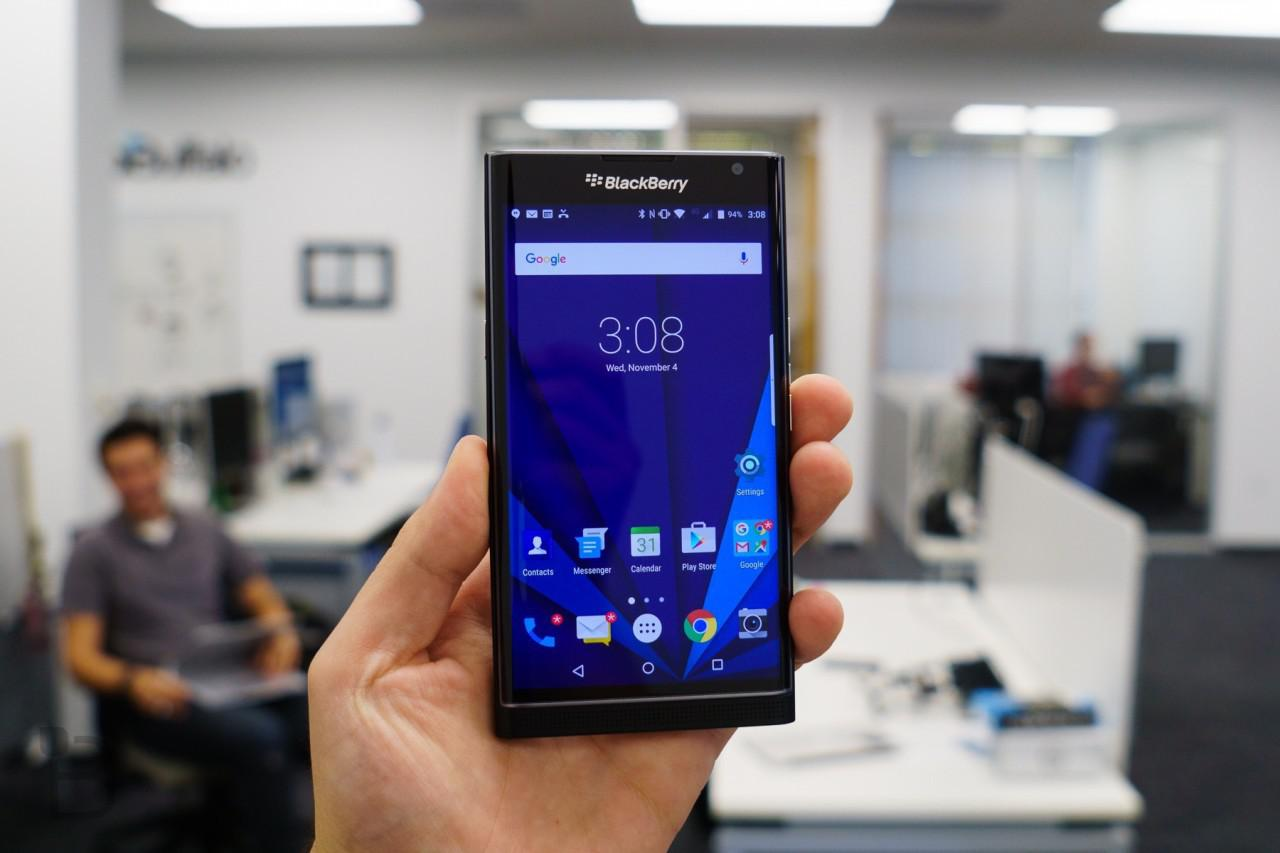 Blackberry Priv Android 6 0 Marshmallow Update Rolling Out Now