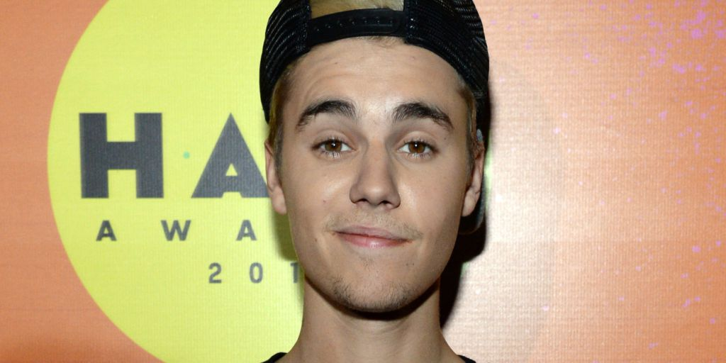 Justin bieber dating who in Melbourne
