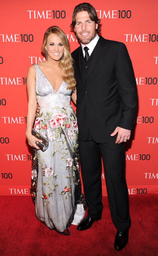 So carrie underwood doesn 39 t know husband mike fisher 39 s for Who is carrie underwood married too