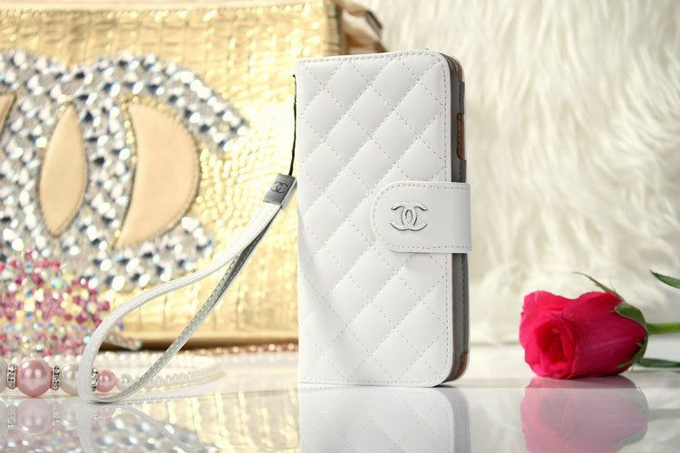 new products dfd02 d476b Chanel iPhone 6 Plus Cover book Wallet Classic Cases