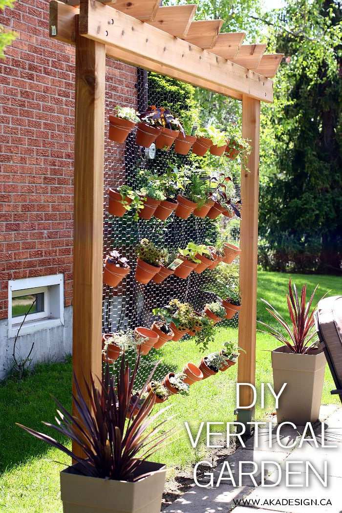 How to build your own diy vertical garden wall for How to make a vertical garden frame