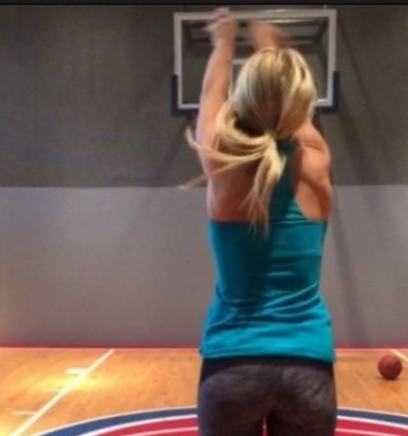 Mathew Stafford S Wife Getting The Trick Shot Game Down