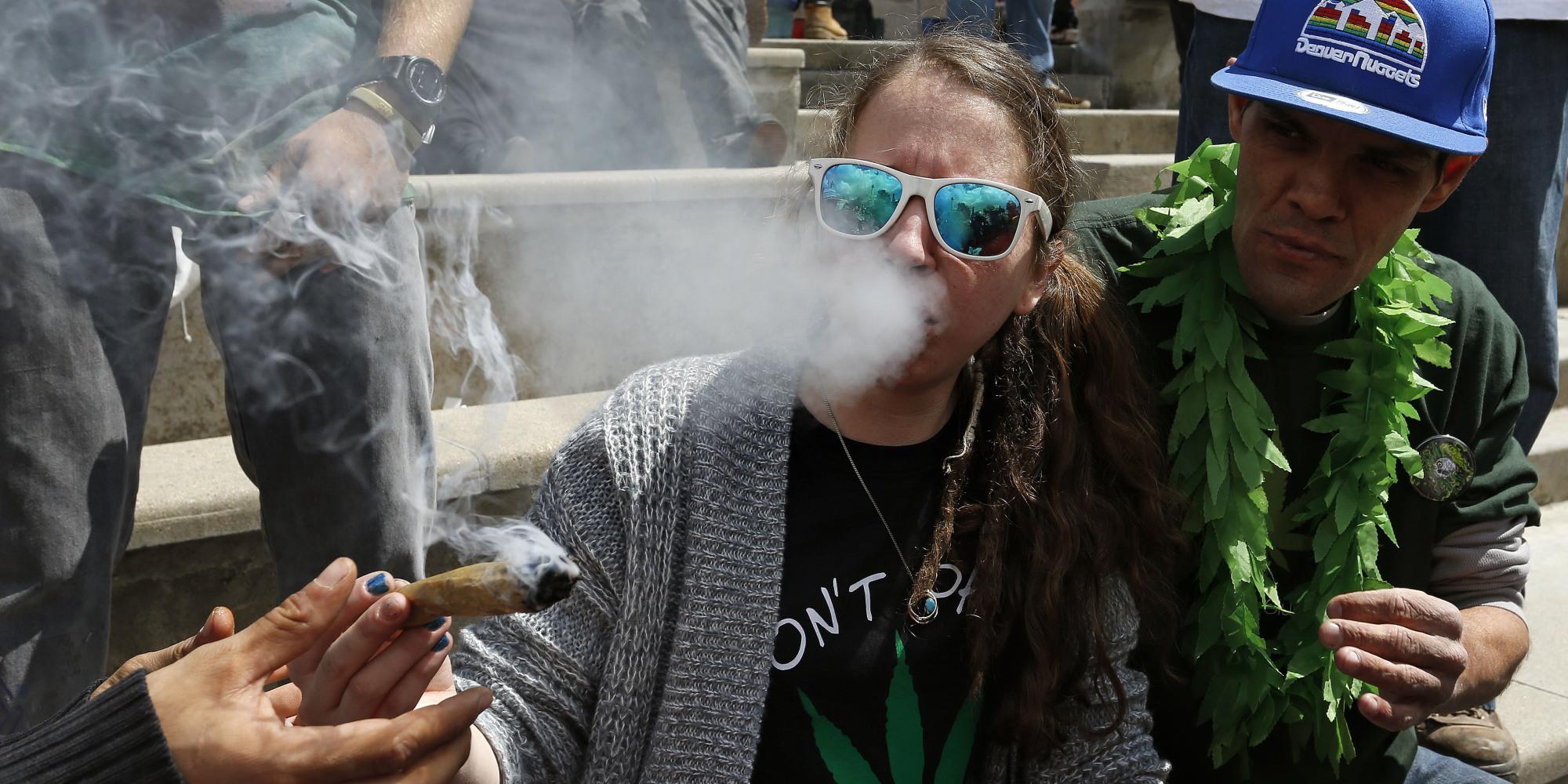 Кто сколько лет курит марихуану конопляные семена для попугаев