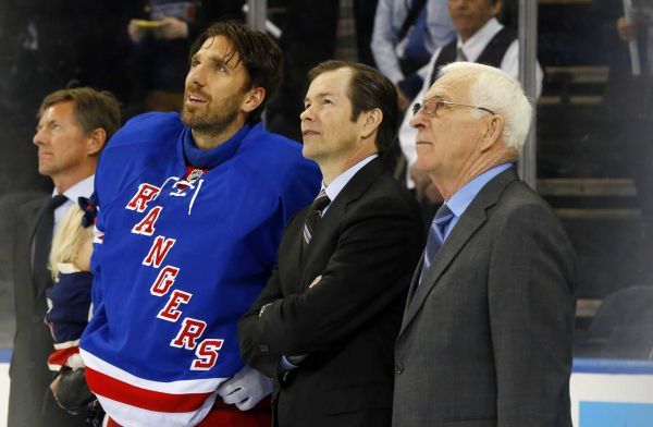Ed Giacomin Mike Richter Part Of Tribute To Henrik Lundqvist At
