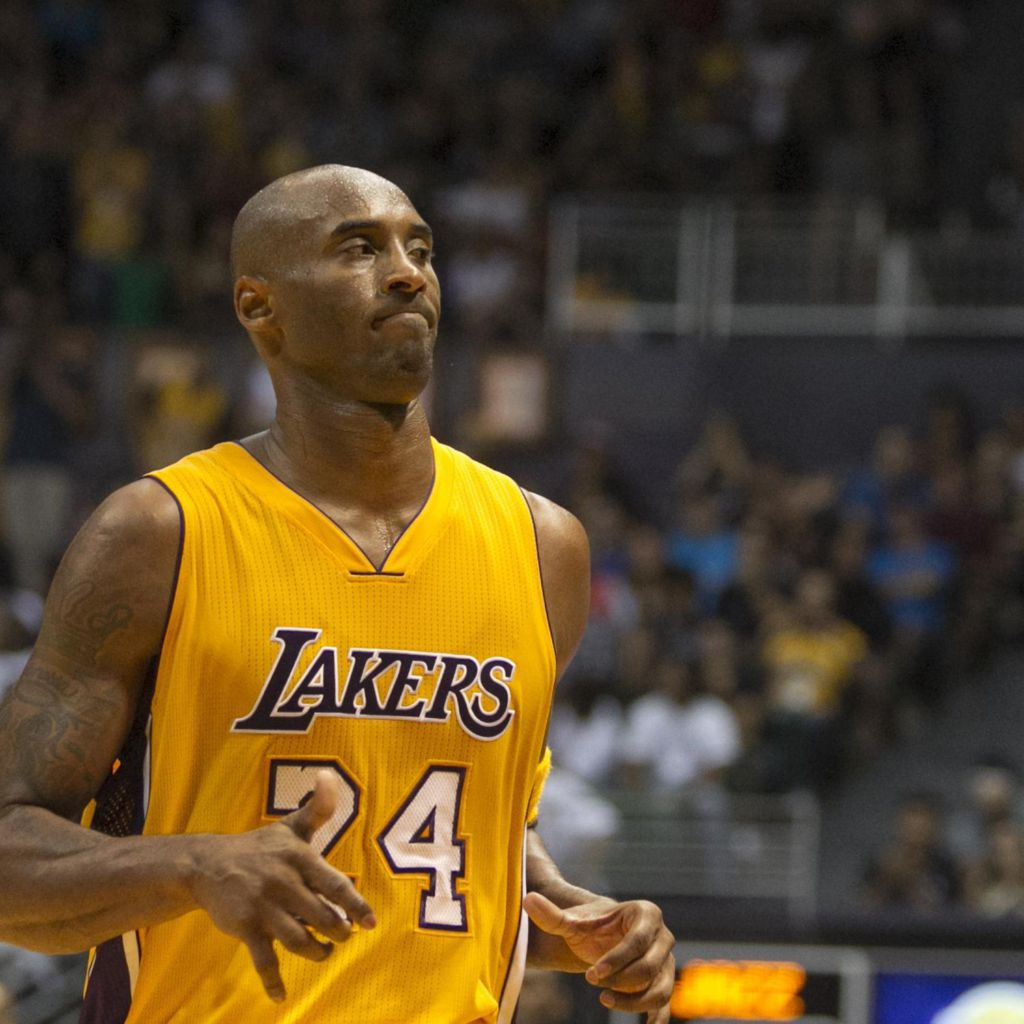 Kobe Bryant Injury: Updates on Lakers Star's Leg and Return Kobe Bryant Injury