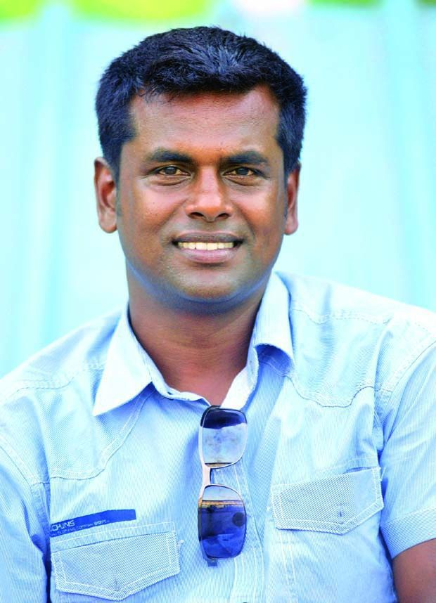 "Interview - ""We are really looking forward to the FIFA U-17 World Cup"" - Raman Vijayan, Bangalore Selector, Bajaj-Allianz Junior Football Camp - 55c6960663d9ac08248be518f76bcafcec60e3fdb63298a54a366a47af730e05_large"