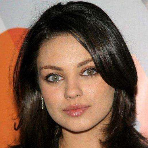 12 Celebrities With Different-Colored Eyes - Famous People ...