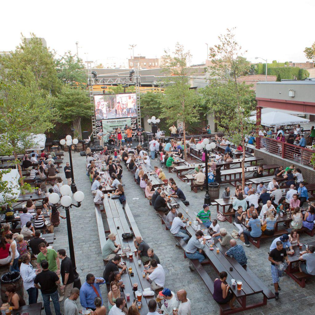 Nyc 39 S 12 Best Outdoor Restaurants Bars Beer Gardens And