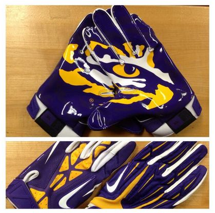 Custom Lsu Nike Football Gloves The Tigers Will Debut Tonight Vs. Lsu 2016  Nike Pro Bat Football Uniforms 1c7a28619