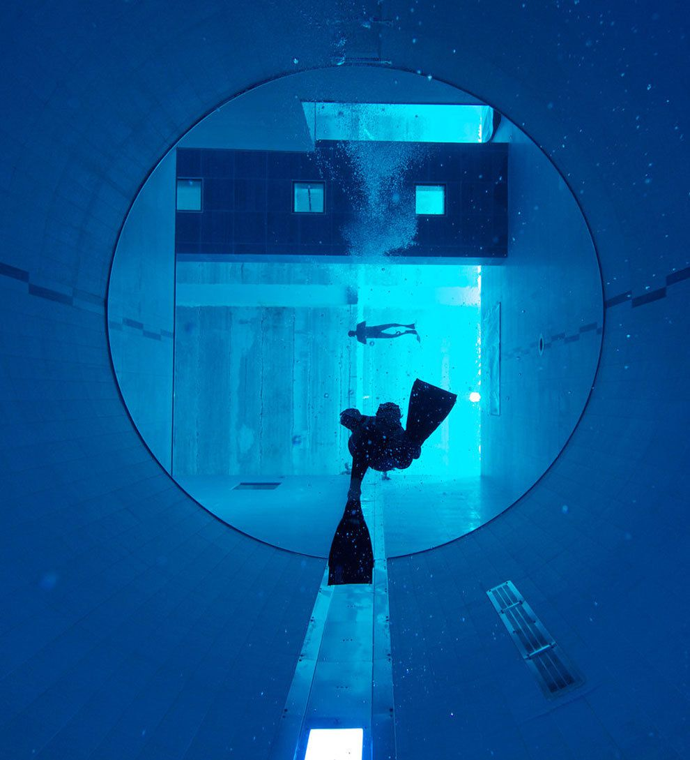 Y40 deep joy the world 39 s deepest pool for Piscine deep joy y 40