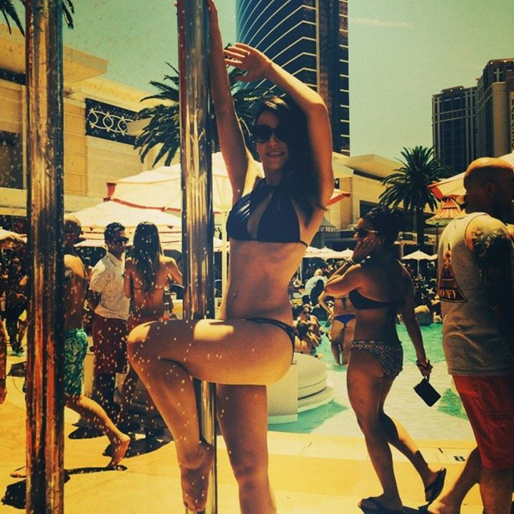 Throwin it back to this epic vegas pool party for Epic pool show