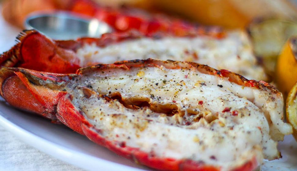 how to cook fresh lobster tails on the grill