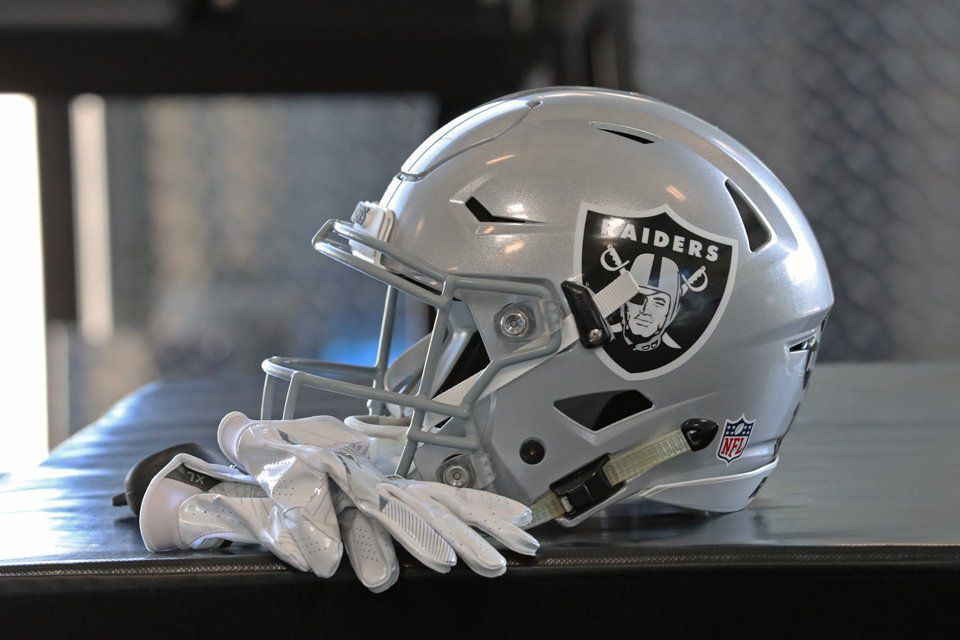 Oakland Raiders Continue Prep For Chargers Thursday Practice