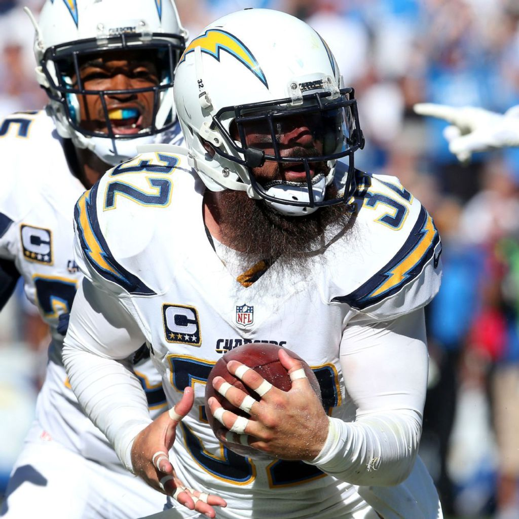 San Diego Chargers Blog: San Diego Chargers' Eric Weddle Playing For Keeps In