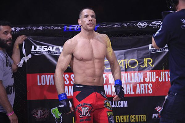 B And B Shawnee >> Rafael Lovato Jr. Submits Cortez Coleman to Retain Legacy Fighting Championship Title
