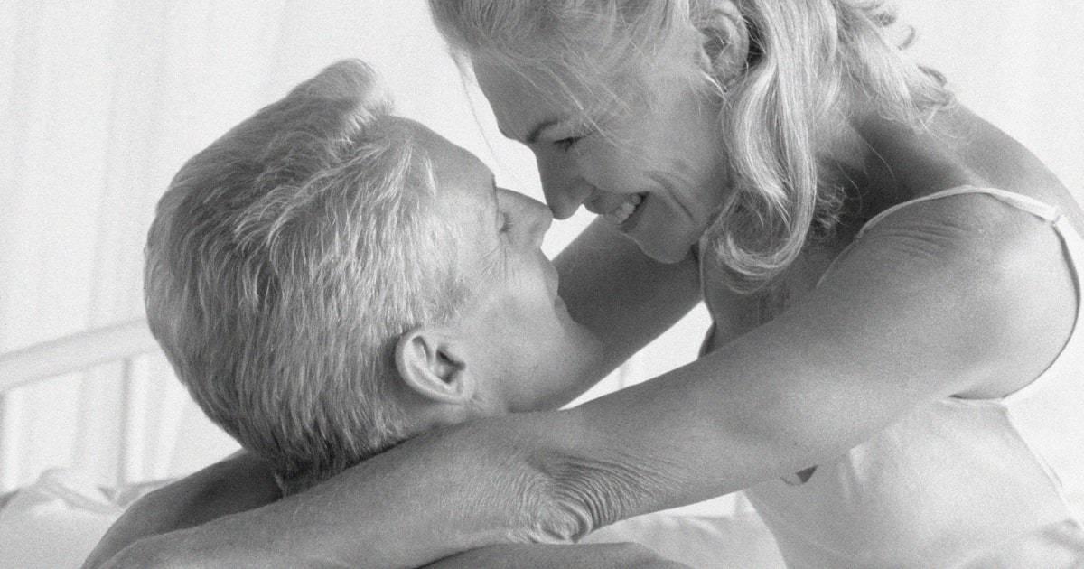 Секс зрелой дамы с молодым парнем