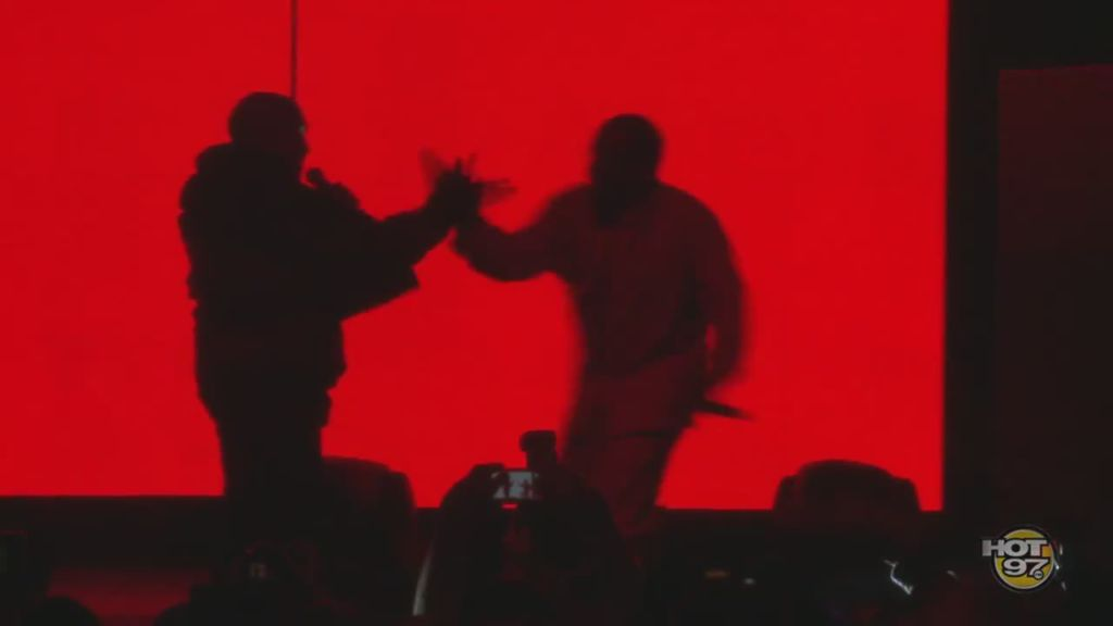 Diddy brings out kanye west at madison square garden onsmash for Madison square garden kanye west
