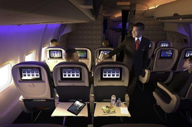 Free inflight entertainment + Delta dumping 747s + United hub