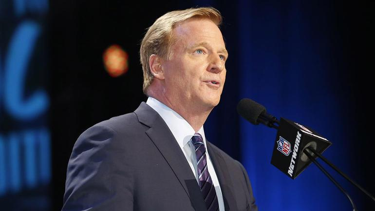 Roger Goodell Doesn T Agree With Colin Kaepernick Asks