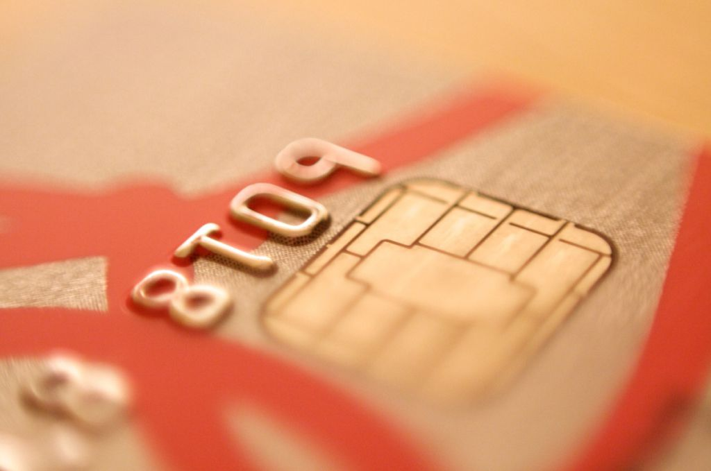 how to avoid scams on your chip credit card