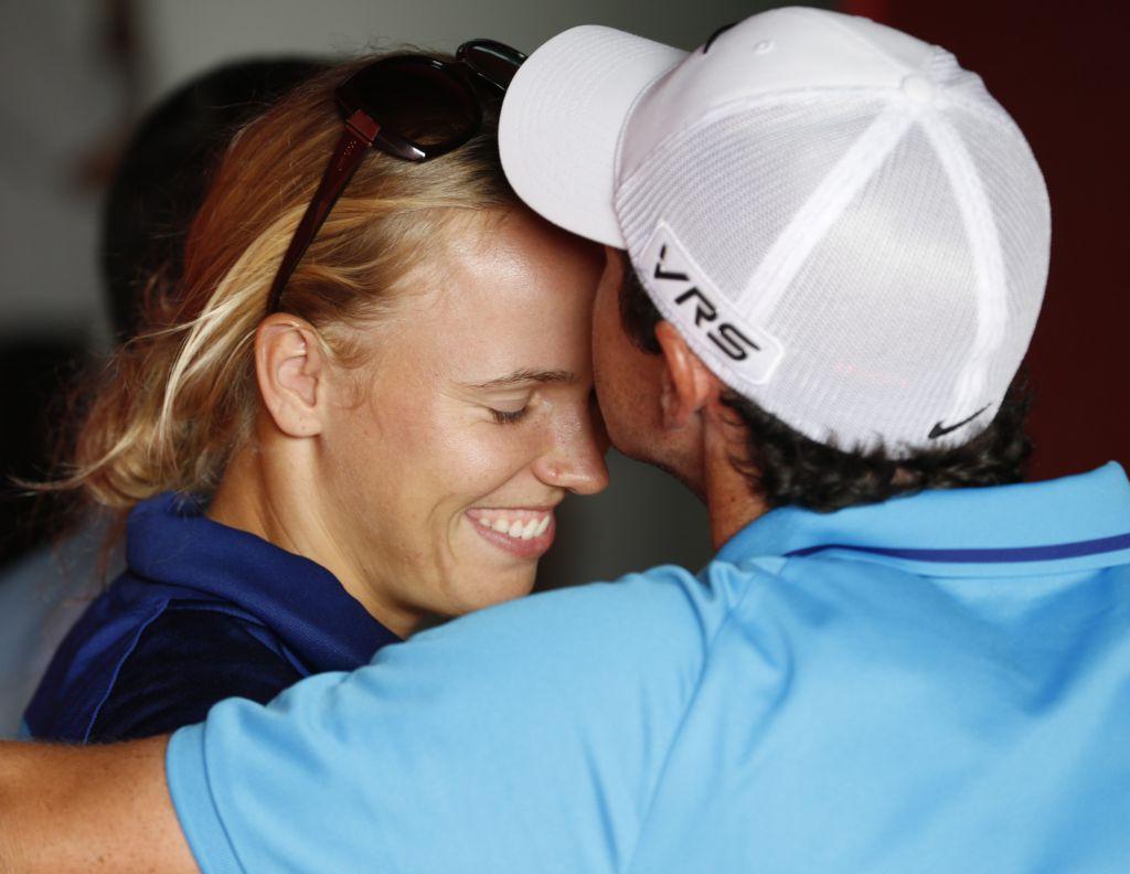 Caroline Wozniacki Rory Mcilroy Kiss IMAGE | caroline wozni...