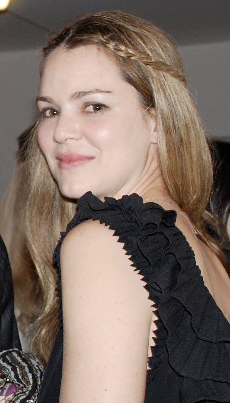 Bridget Jones steht für die Protagonistin mehrerer Bücher von Helen Fielding Bridget Jones  Schokolade zum Frühstück Buchverfilmung Bridget Joness Diary 2001