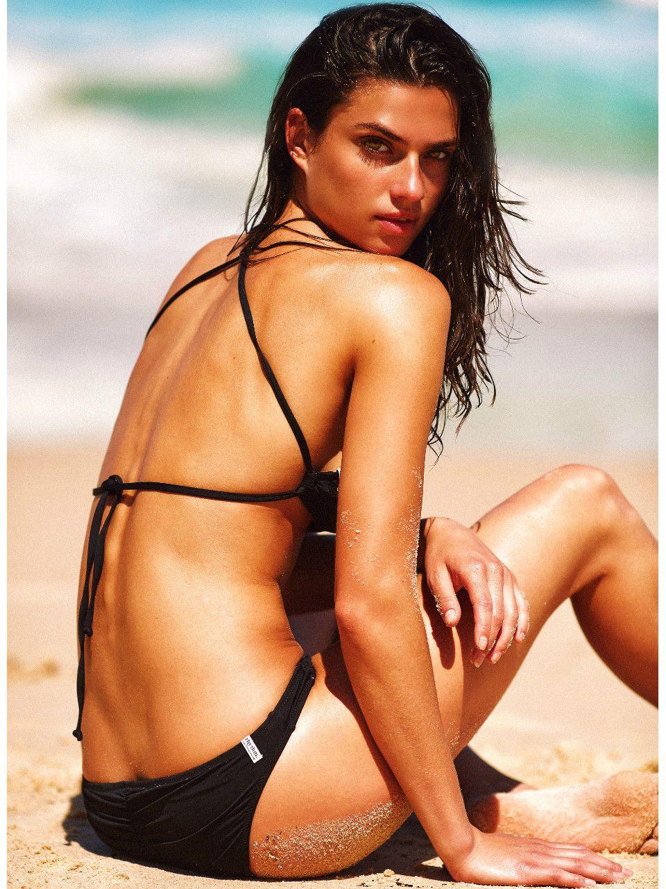 Nikki bella sexy
