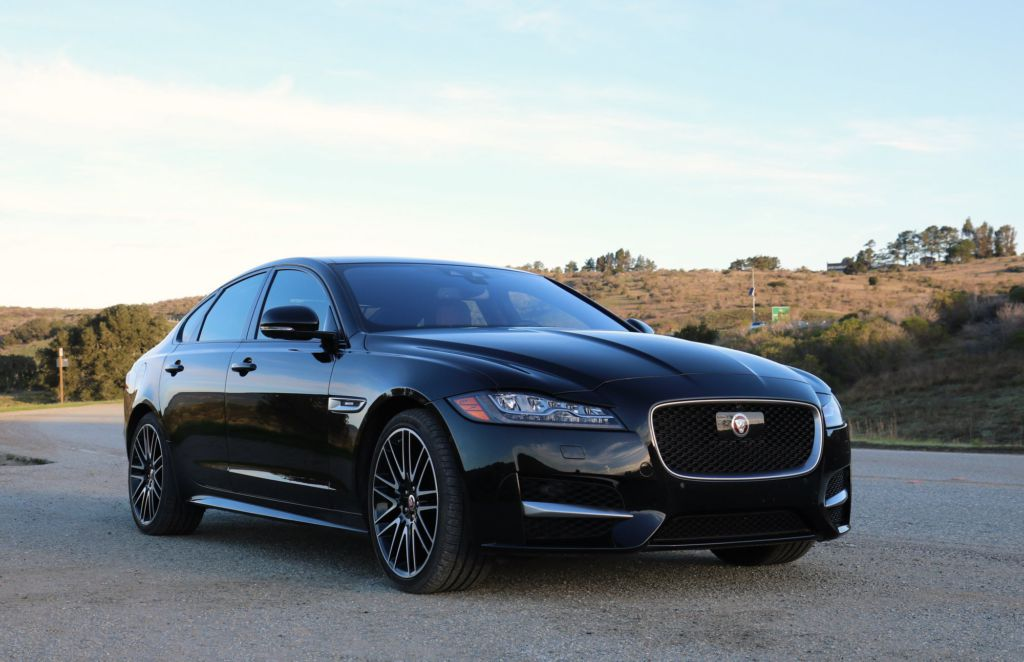 2016 jaguar xf 35t r sport review kitty goes aluminum. Black Bedroom Furniture Sets. Home Design Ideas