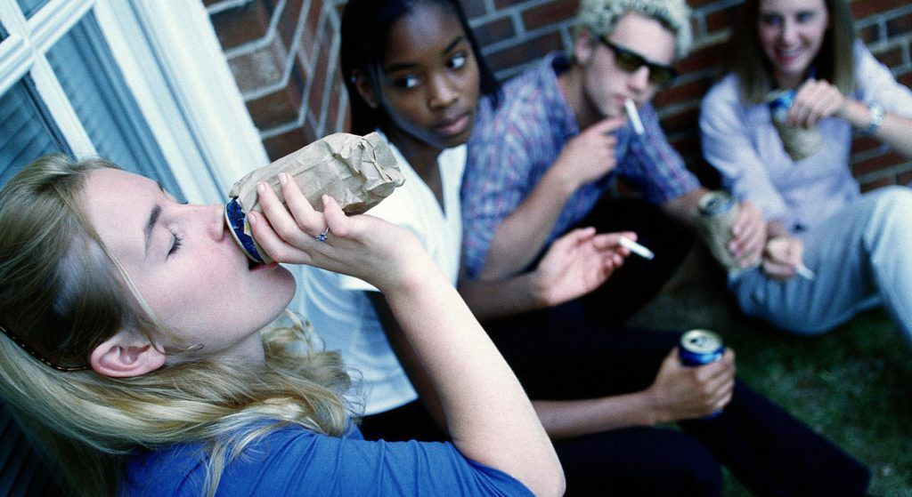 drug abuse among american teenagers Family factors and peer influence in drug abuse:  family factors and peer influence in drug  were also found to be related with teenagers' substance use among.