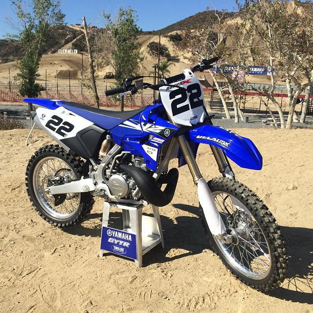 Yamaha yz250 and yz125 2 stroke intro today at for Yamaha yz250 2 stroke