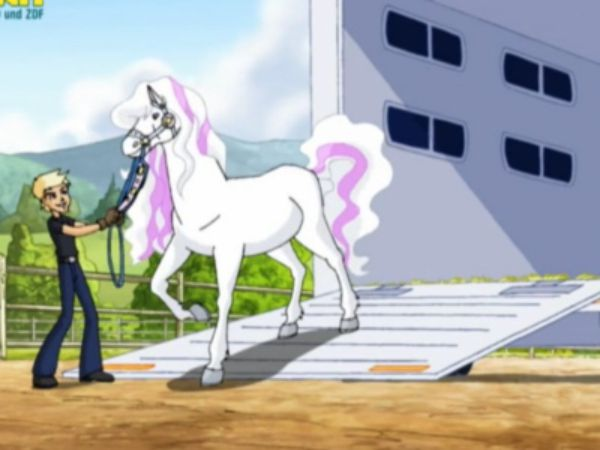 Which episode from Season 3 of Horseland is better?