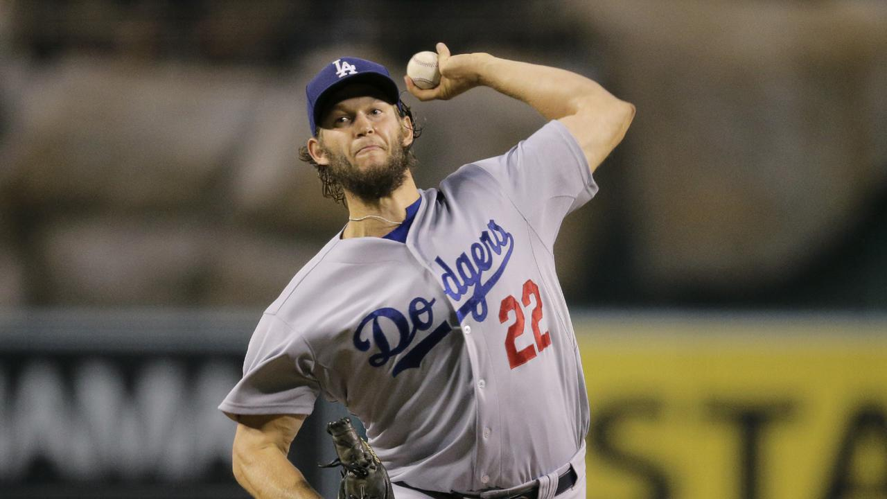 Clayton Kershaw leads Dodgers to win vs Angels