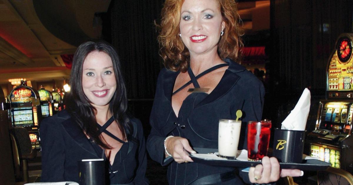 Casino Cocktail Waitress Salary Gentoo Gcc Slots