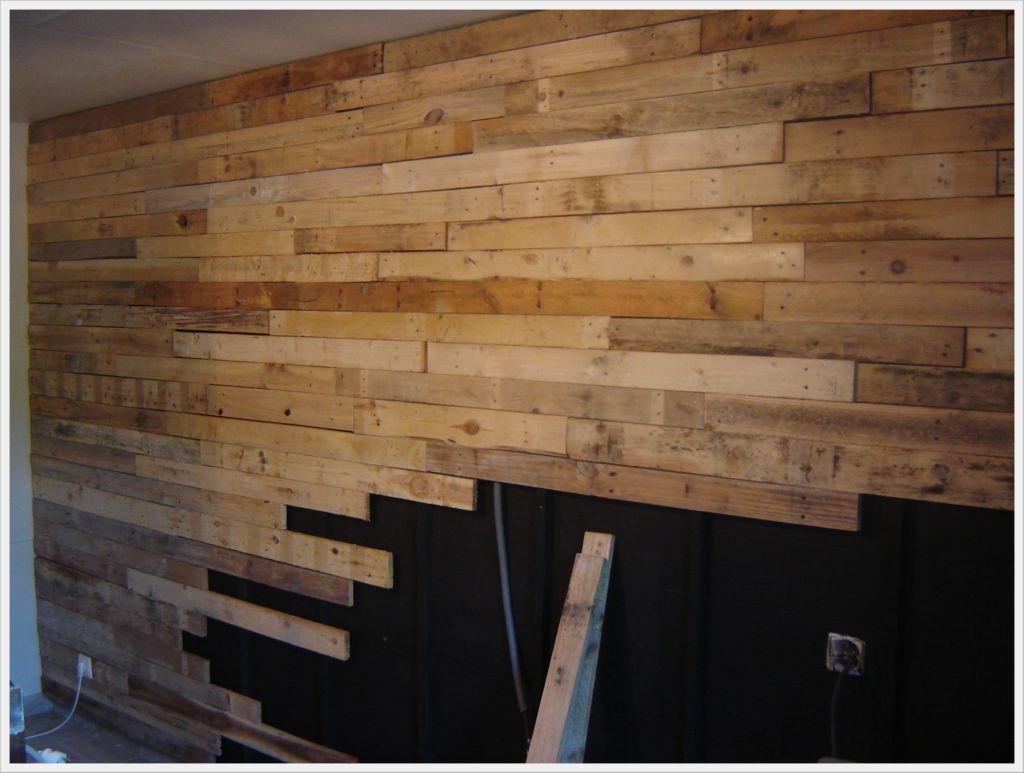 r alisation d 39 un mur en planches de palettes 120 pallets. Black Bedroom Furniture Sets. Home Design Ideas