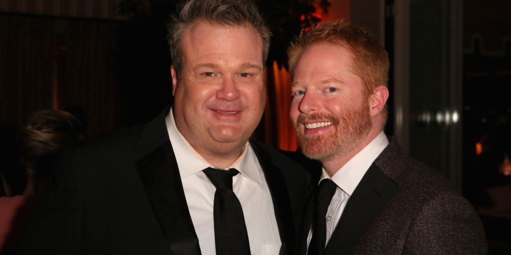 gay guy from modern family dating Since debuting on abc in 2009, modern family has embraced the variety of relationships people experience in modern-day society the show was one of the first to have two openly gay characters.