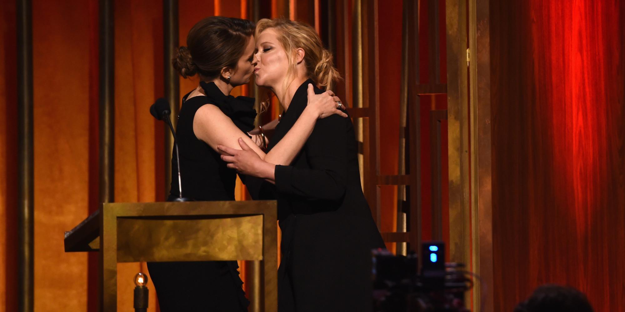 Show de besos lesbicos - 2 part 8
