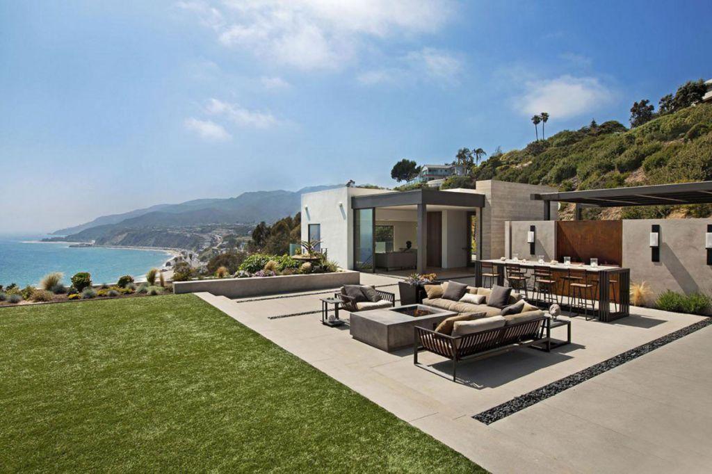 Revello Residence by Shubin + Donaldson Architects | HomeDSGN