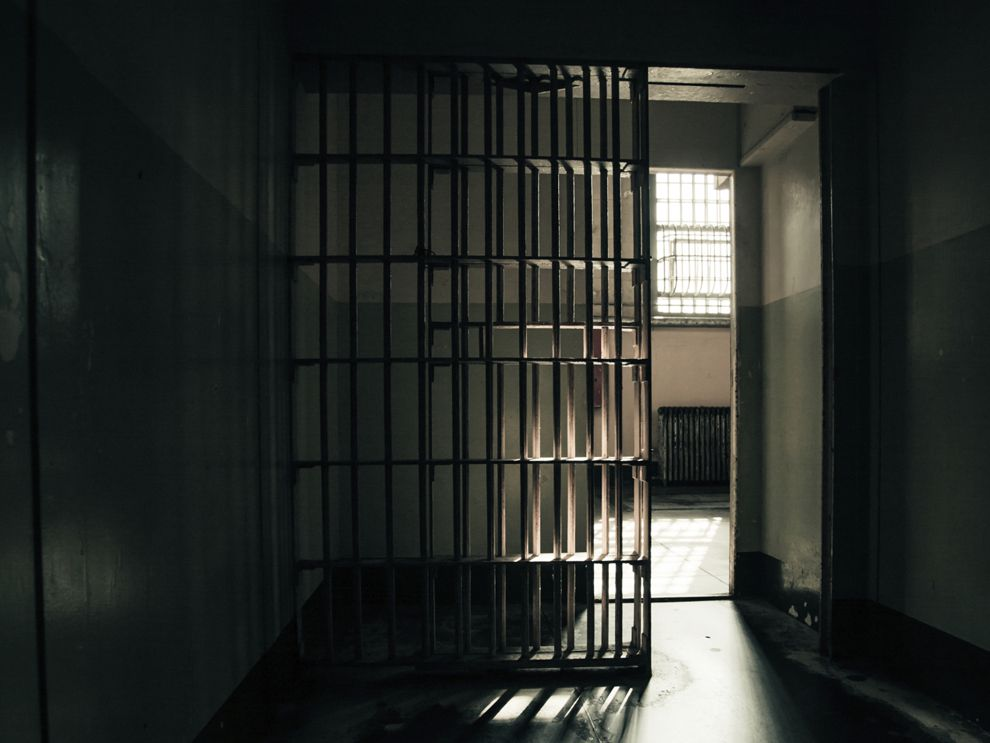 released from prison essay Parole and mandatory release sina tuttle cjs/230 september 12, 2012 jerry shoate parole and mandatory release parole is defined as the early release of a convicted offender who has served a portion of his or her prison sentence (cji interactive learning modules, 2012.